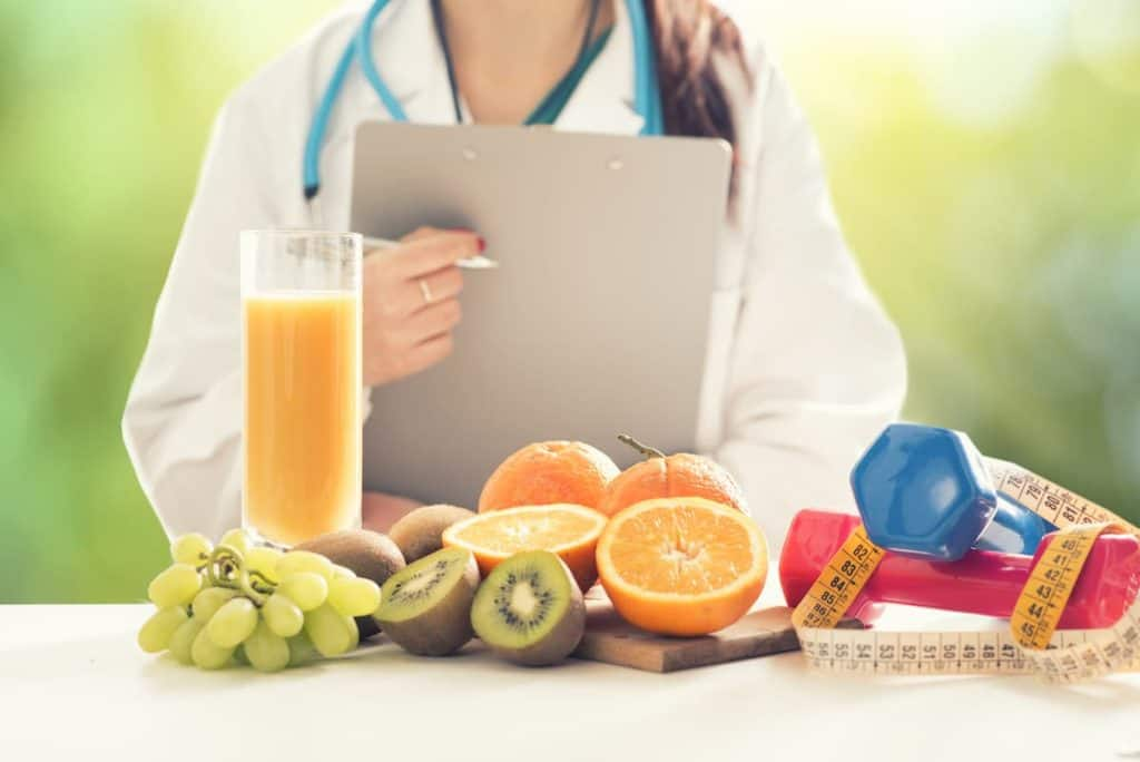 Dietitians are skilled in assisting you in making the right decisions - What Is The Difference Between A Nutritionist And Dietitian