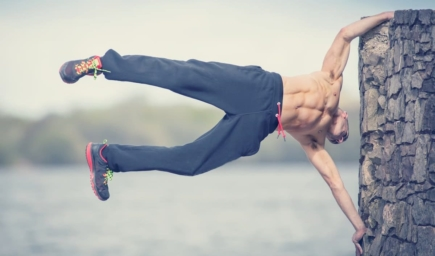 Is Calisthenics Better Than Weightlifting for Fitness?